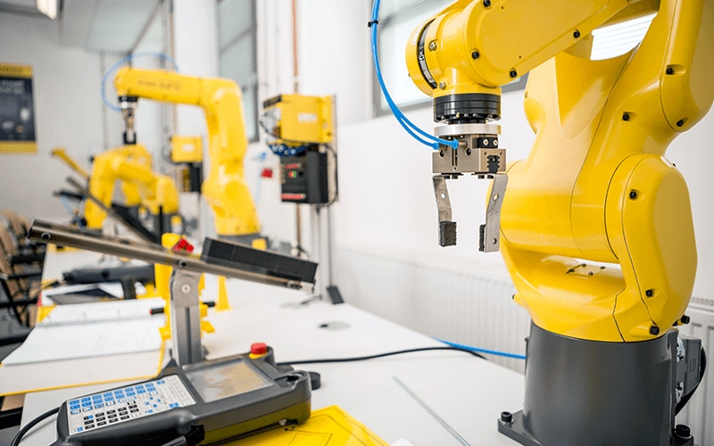 Robots, AI and the transformation of Manual testing to e2e Automation